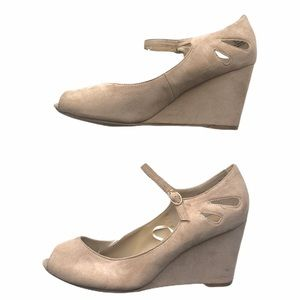 Madeline Stuart Shoes Wedge Heel Nude Cut Out 10W